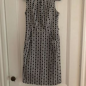 Nine west black and white flowered pattern dress